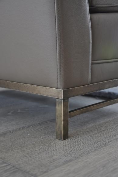 IDE armchair